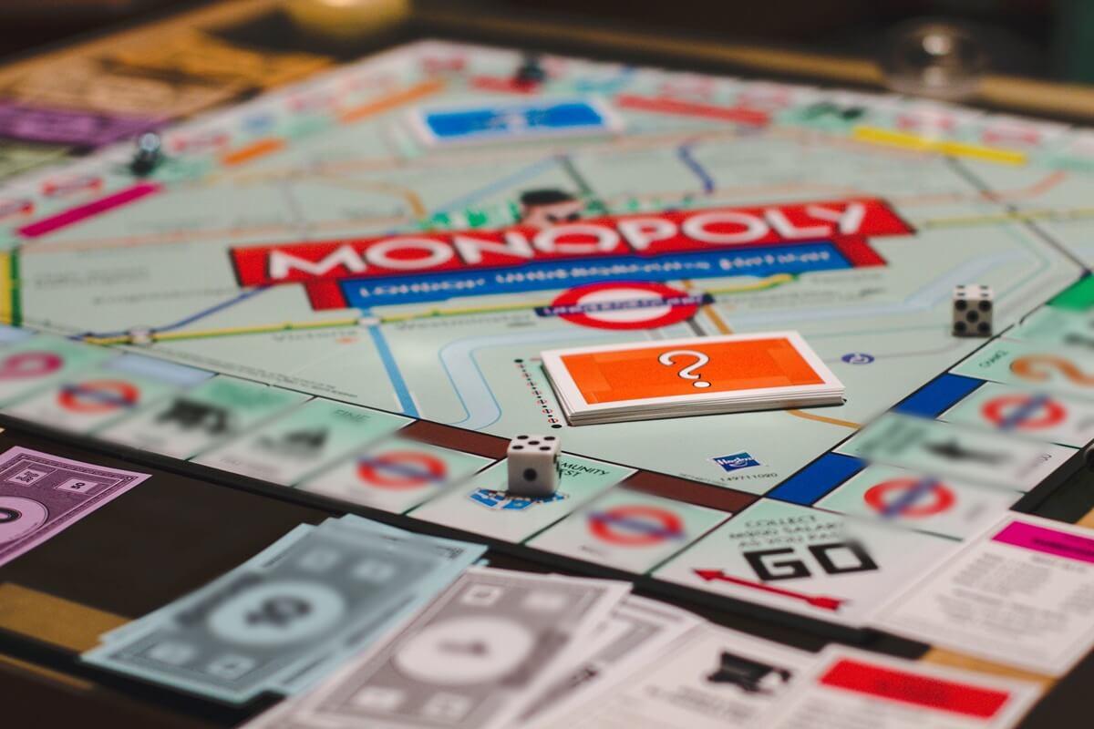 Conoce qué es un monopolio y cómo funciona